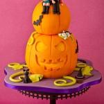 Tracey Rothwell (c) Star Trek/ Halloween cake