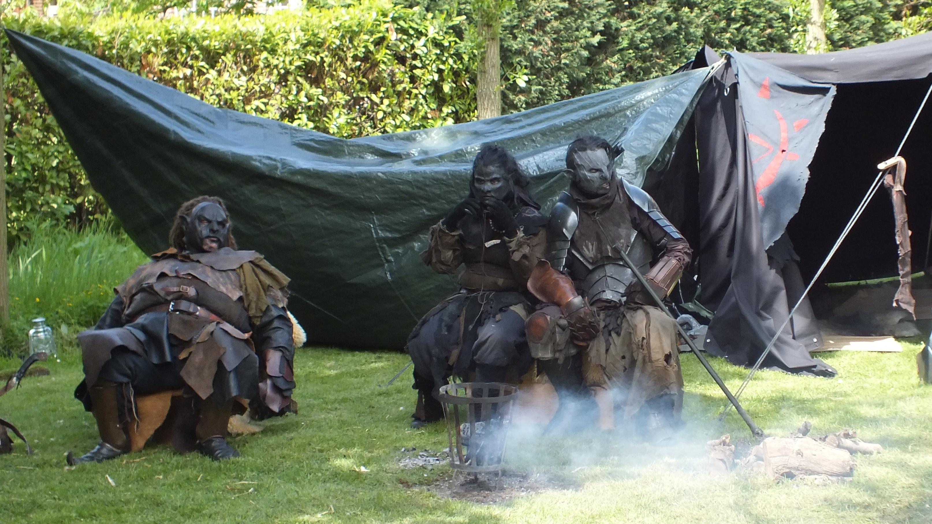 Dem orcs be chillin'!