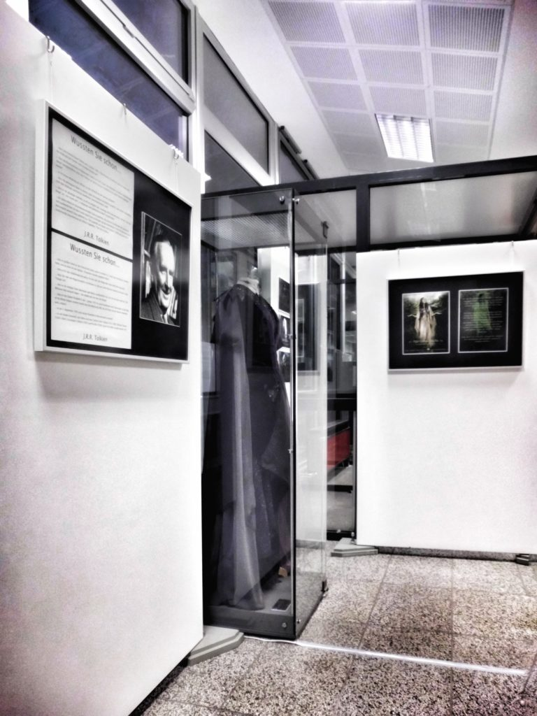 Exhibiting Tolkien at Berlin's State & Central Library, Nov 2012 - February 2013 (c) Marcel Aubron-Bülles-01